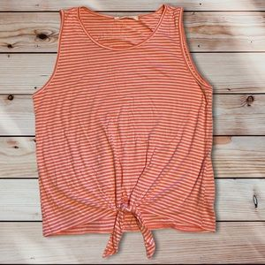 🎉3for$15🎉 Caution to the wind Tie-Front tank top